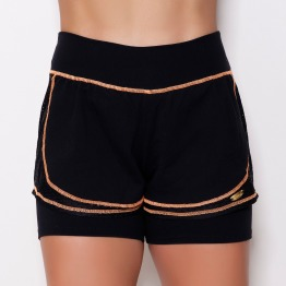 Short com Saia UV Preto